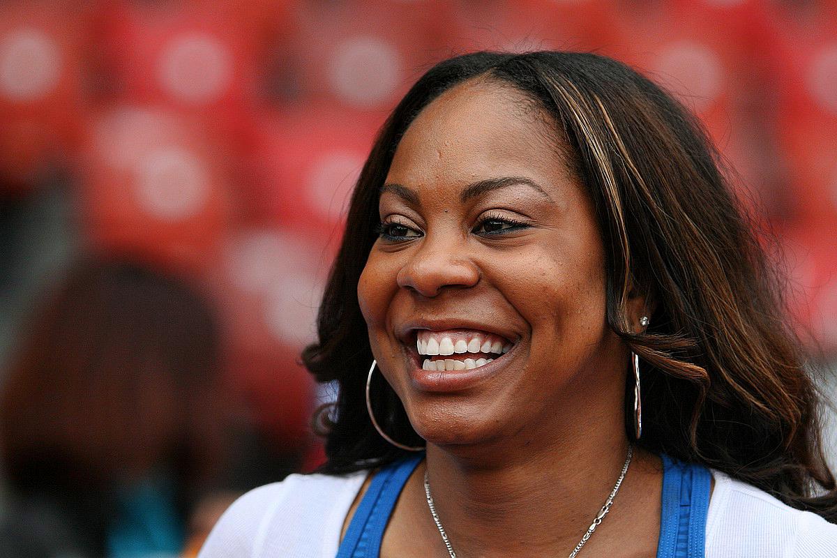 Sanya Richards, spécialiste du 400 mètres, quadruple championne olympique, sur le relais 4 × 400m et en individuel sur le tour de piste.