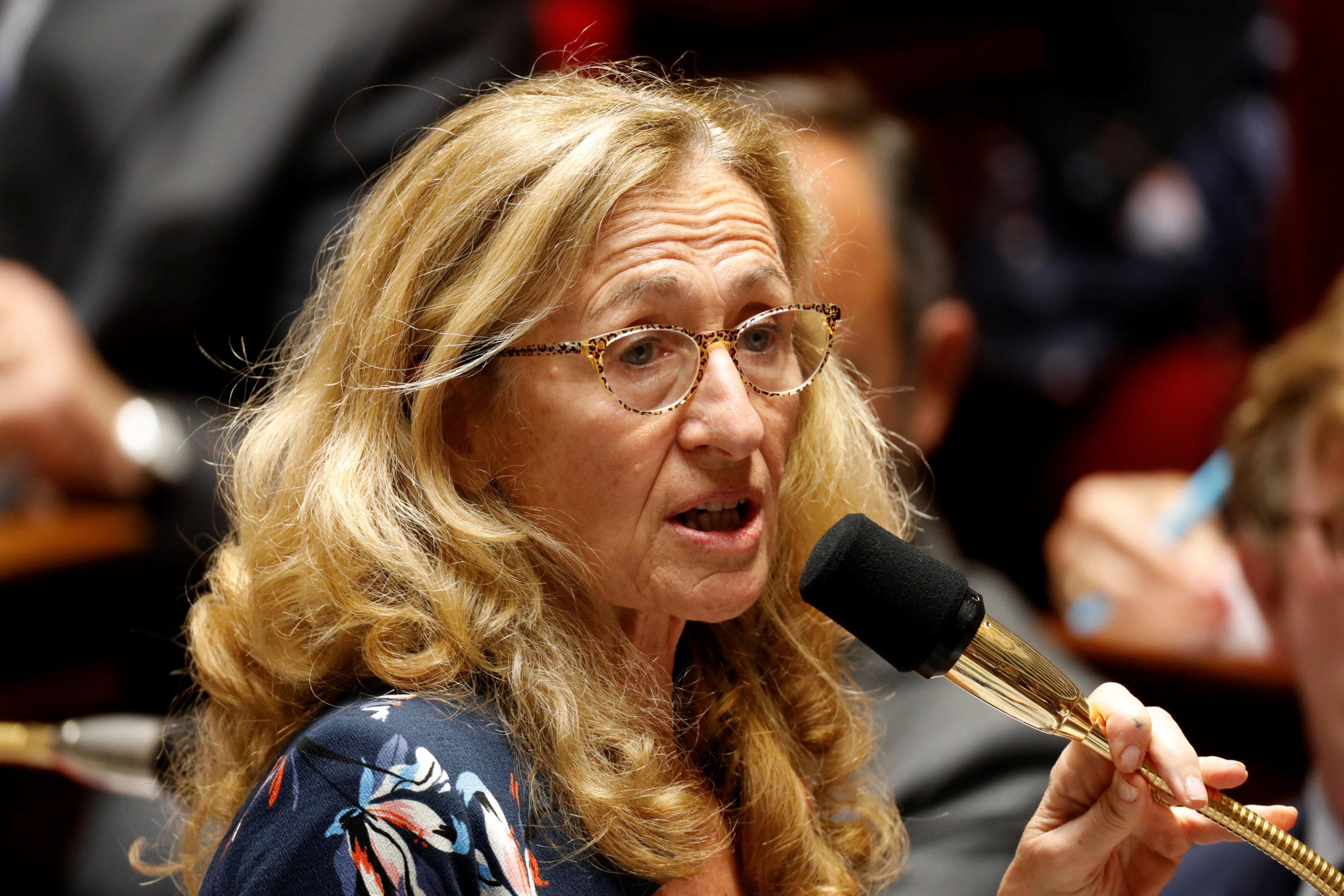 La ministre de la Justice Nicole Belloubet fait son mea culpa dans les colonnes du Journal du Dimanche en déplorant des dysfonctionnements dans le traitement pénal des violences domestiques contre les femmes et des féminicides. /Photo d'archives/REUTERS/Charles Platiau