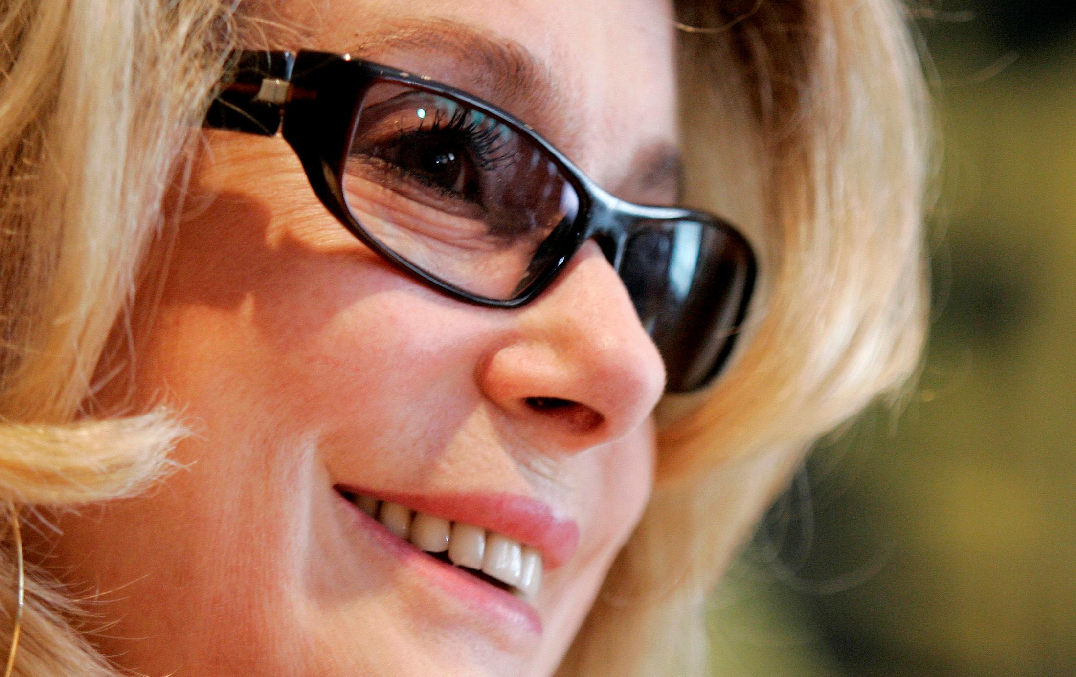 Catherine Dorléac dite Catherine Deneuve est une actrice française, née le 22 octobre 1943 dans le 17e arrondissement de Paris.