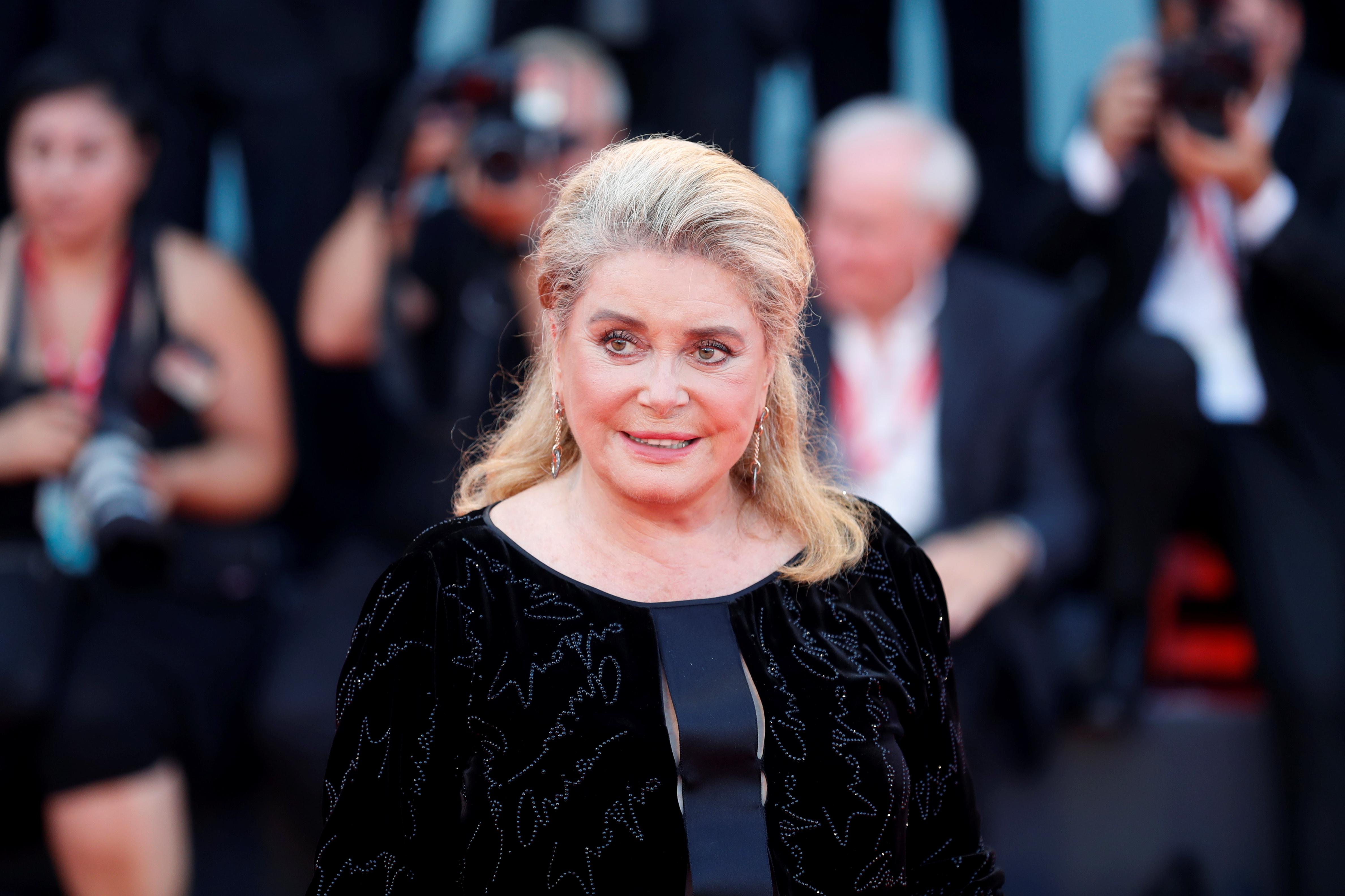 L'actrice Catherine Deneuve hospitalisée après un malaise