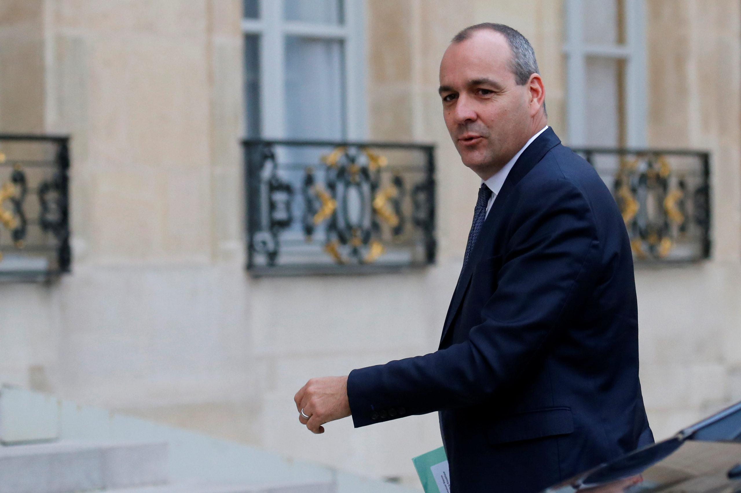 """Le secrétaire général de la CFDT, Laurent Berger, a appelé jeudi le gouvernement à """"sortir de l'ambiguïté"""" sur la future réforme des retraites, soulignant que son organisation s'opposerait à une réforme purement paramétrique. /Photo d'archives/REUTERS/Pascal Rossignol"""