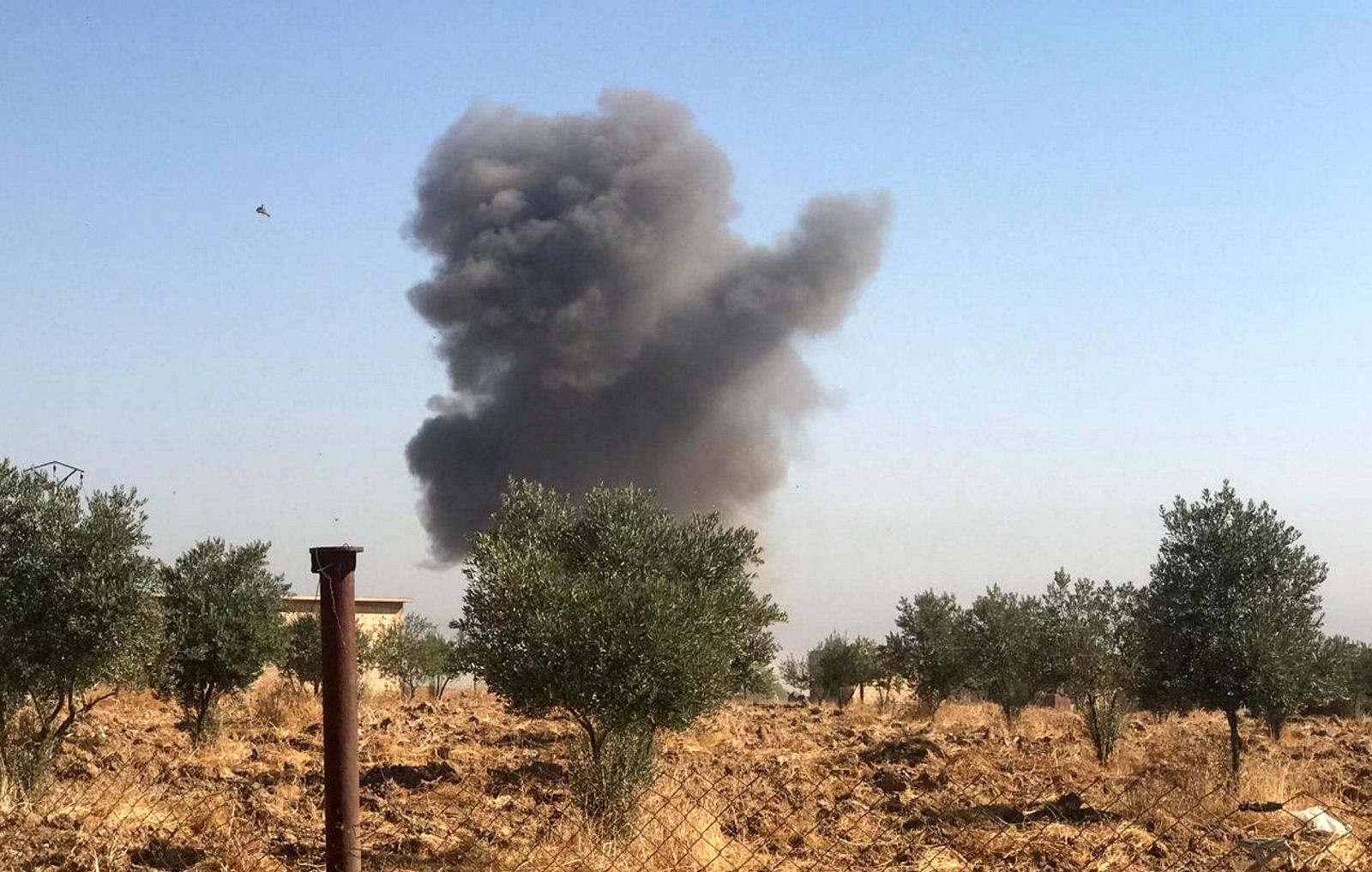 Les forces turques ont bombardé jeudi les alentours de Ras al Aïn, y compris le village de Tel Arkam (en photo). La Turquie a poursuivi son offensive sur les territoires syriens tenus par les miliciens kurdes, poussant la population à fuir par milliers. /Photo prise le 10 octobre 2019/REUTERS