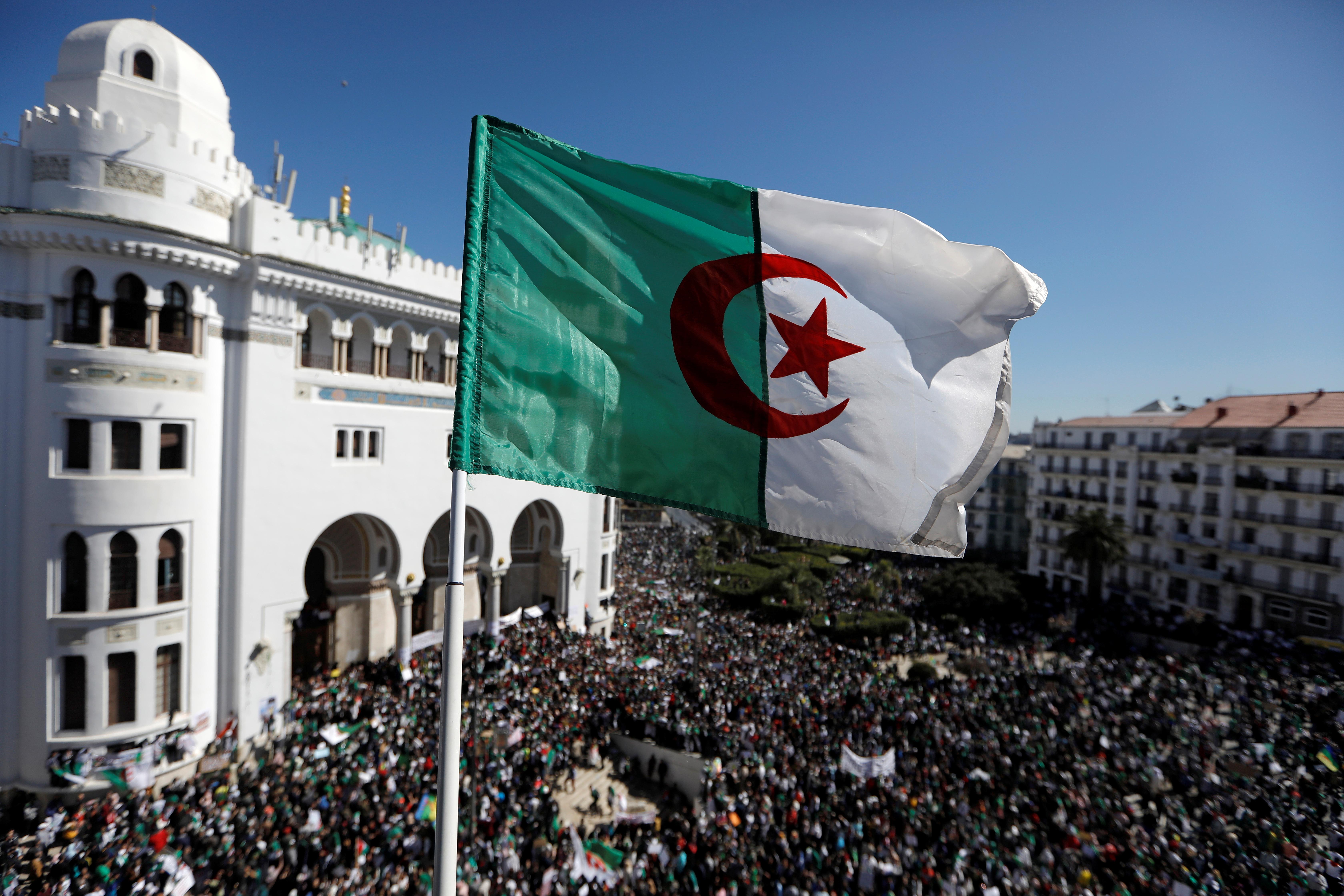 Liste des candidats à l'élection présidentielle algérienne