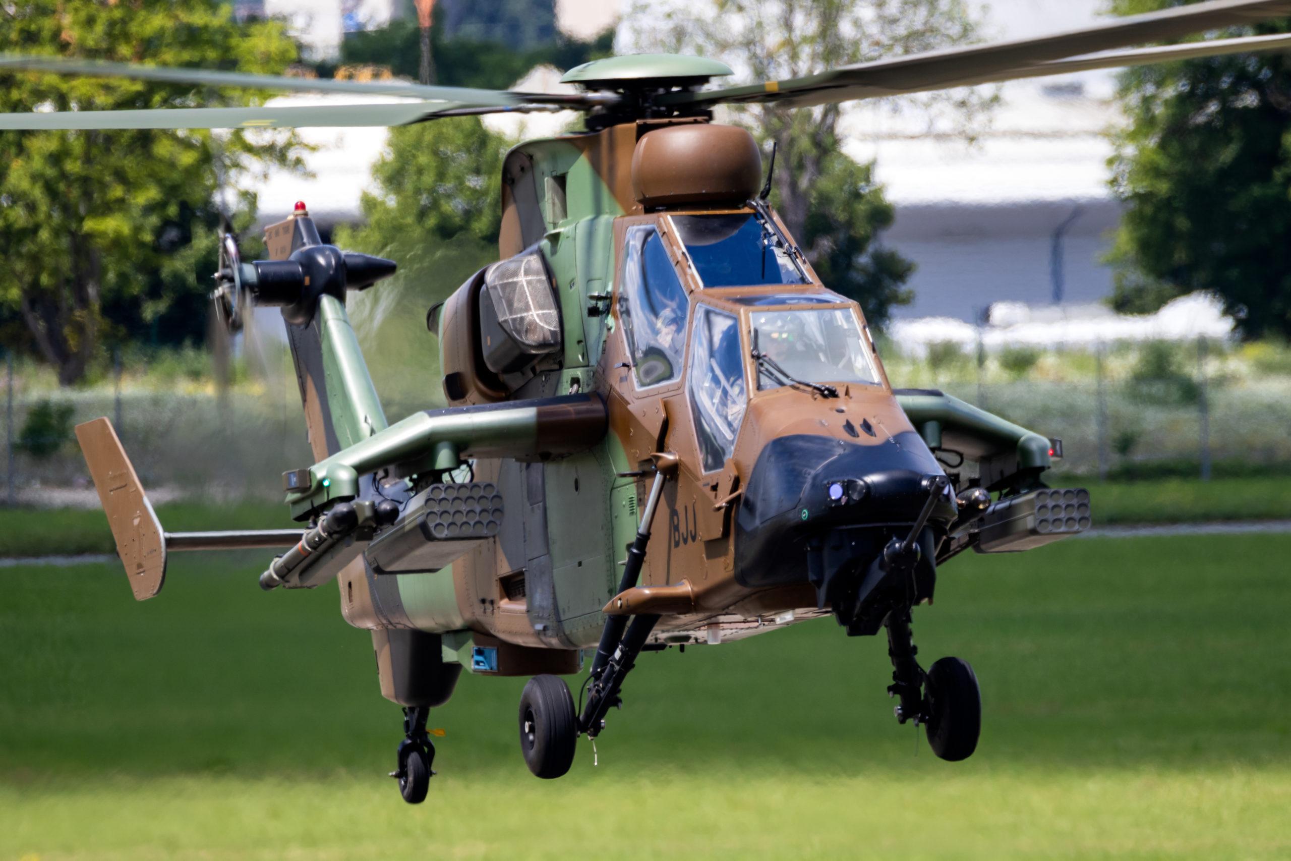 Mali: Des soldats français tués dans une collision d'hélicoptères au Liptako