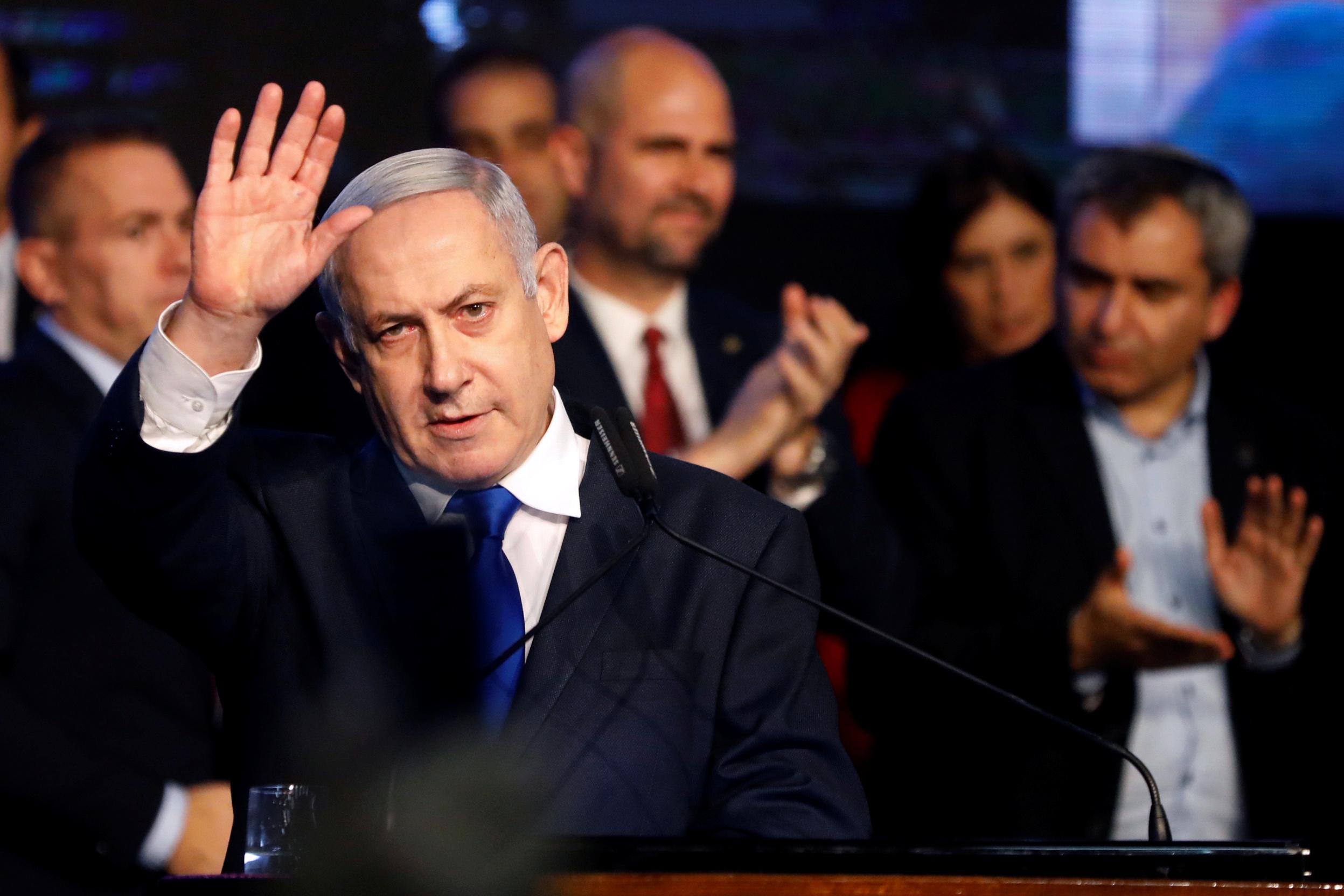 Le Premier ministre israélien Benjamin Netanyahu a été formellement inculpé jeudi pour corruption, fraude et abus de confiance par le procureur général d'Israël Avichai Mandelblit. /Photo prise le 17 novembre 2019/REUTERS/Nir Elias