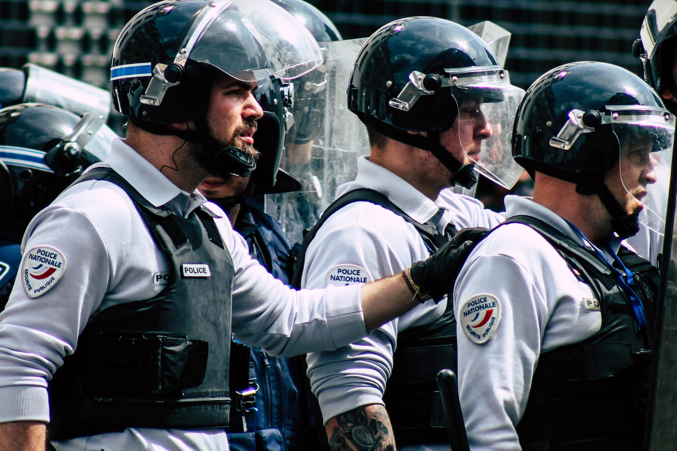 Quelle justice pour les victimes de violences policières ?  interroge une ONG chrétienne