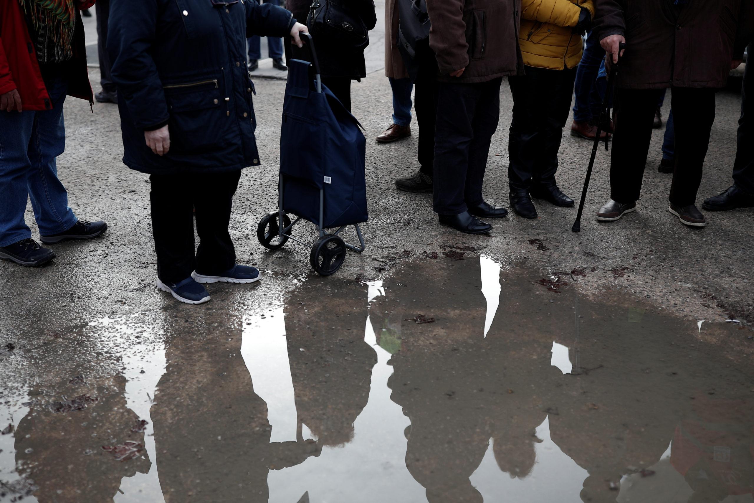 Retraites: un déficit de 7,9 à 17,2 milliards d'euros en 2025