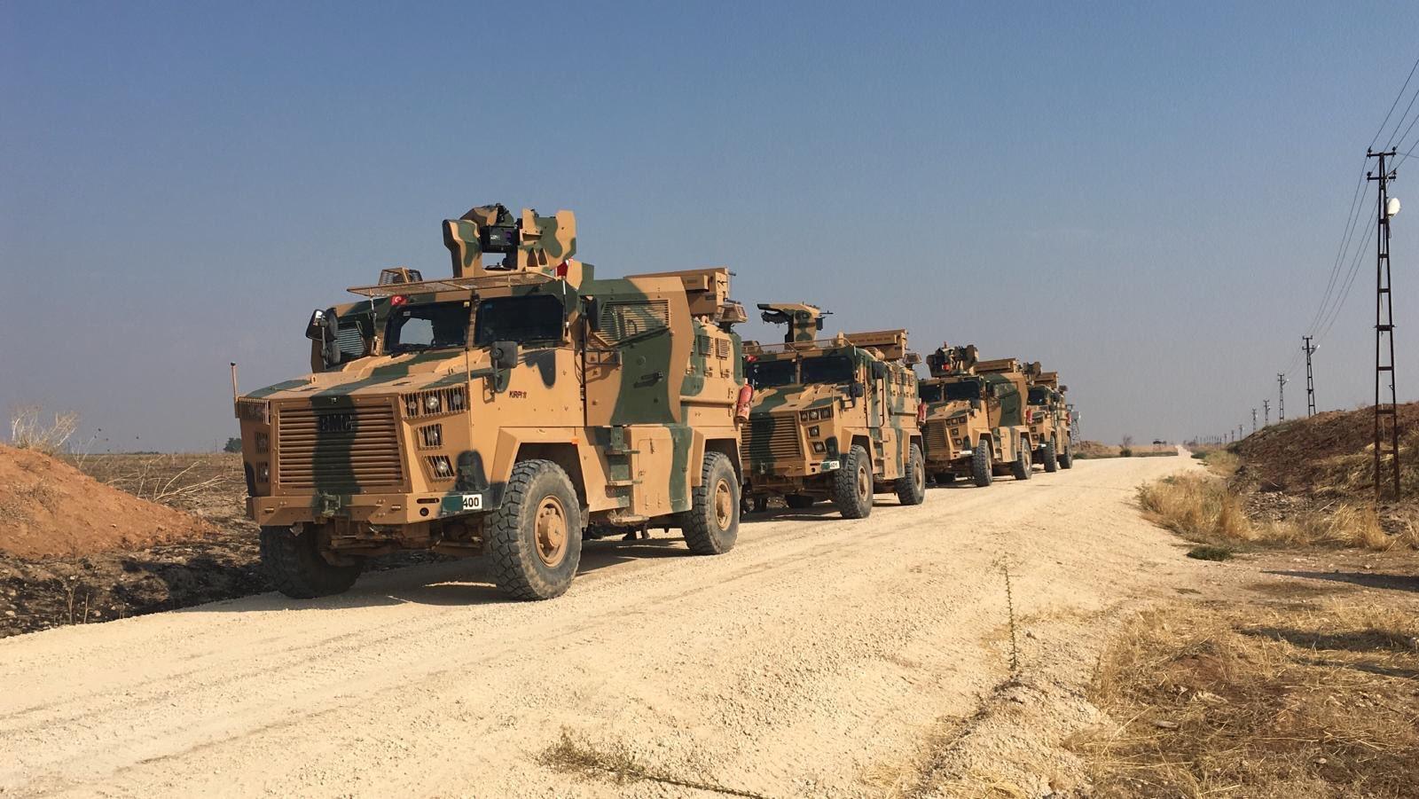Turquie et Russie mènent leur première patrouille dans le nord-est syrien