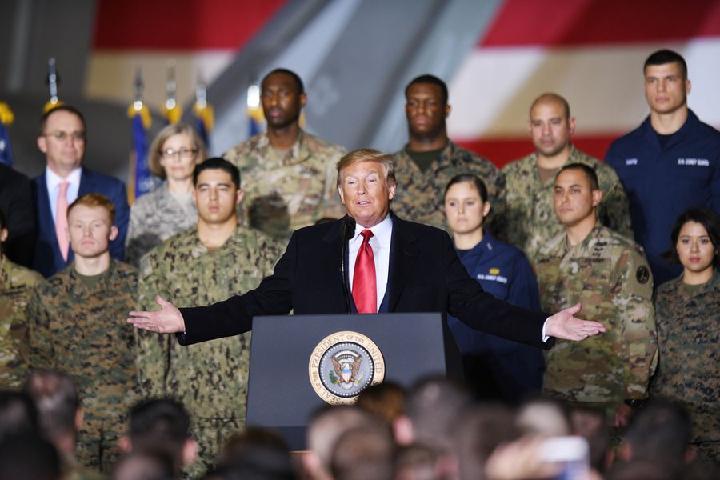 """Donald Trump minimise la possibilité d'une """"surprise de Noël"""" de la RPDC"""