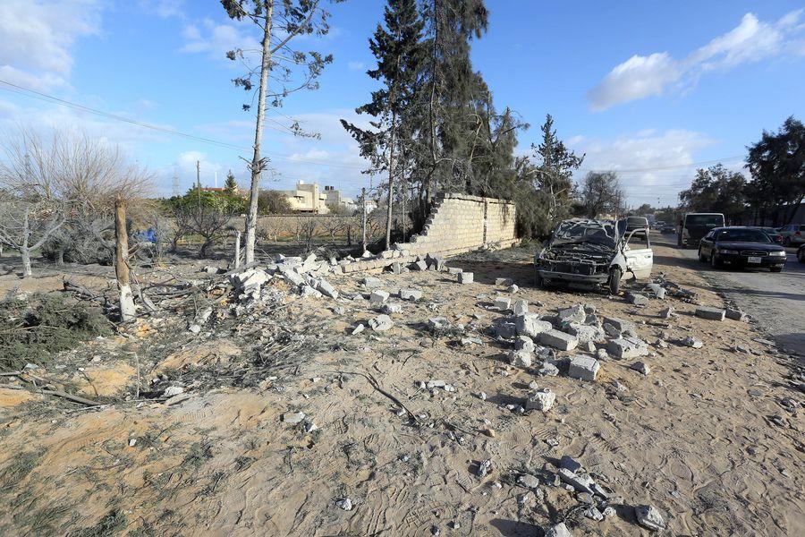Les ministres égyptien et russe des AE discutent de la situation en Libye