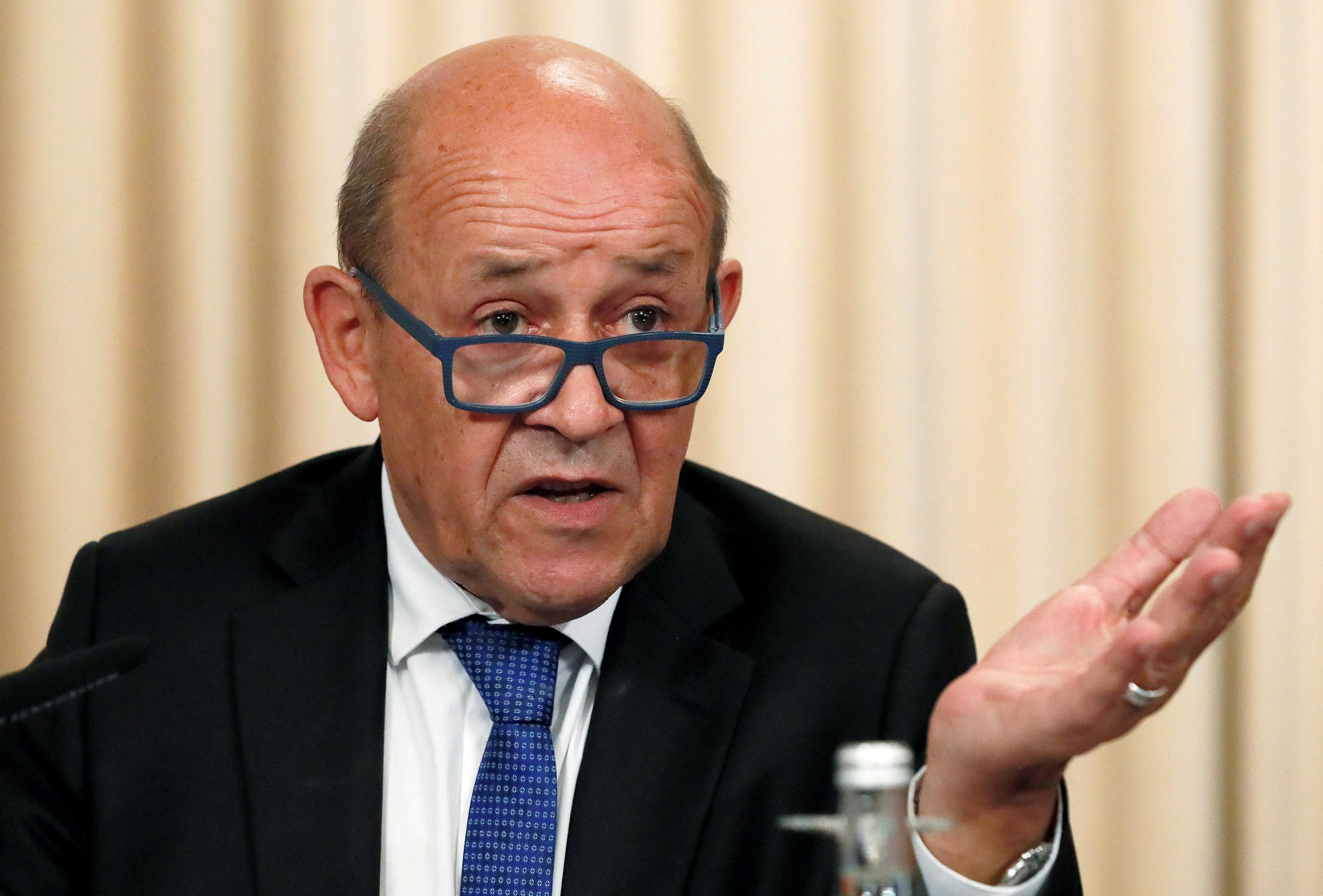 """La France sera """"vigilante"""" sur les ports francs britanniques"""