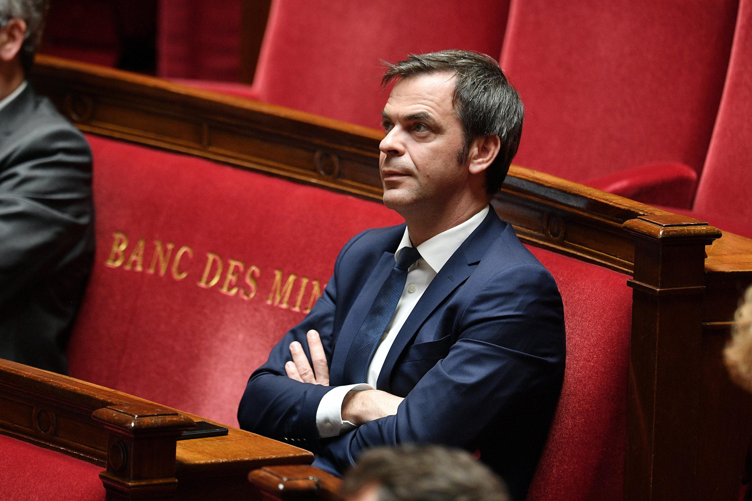 LA FRANCE VEUT PROLONGER L'ÉTAT D'URGENCE SANITAIRE, PAS D'ISOLEMENT OBLIGATOIRE