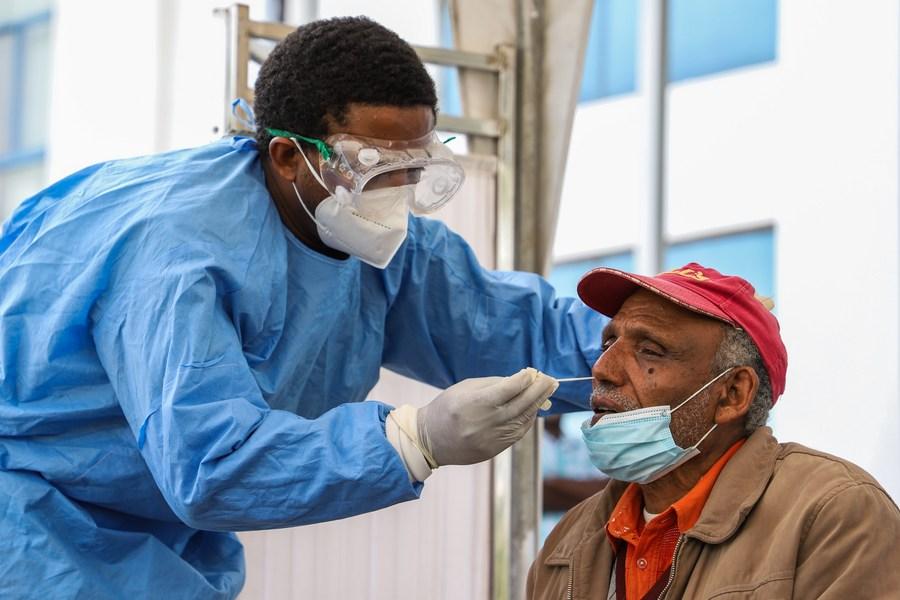 1,13 million de cas confirmés de Covid-19 en Afrique