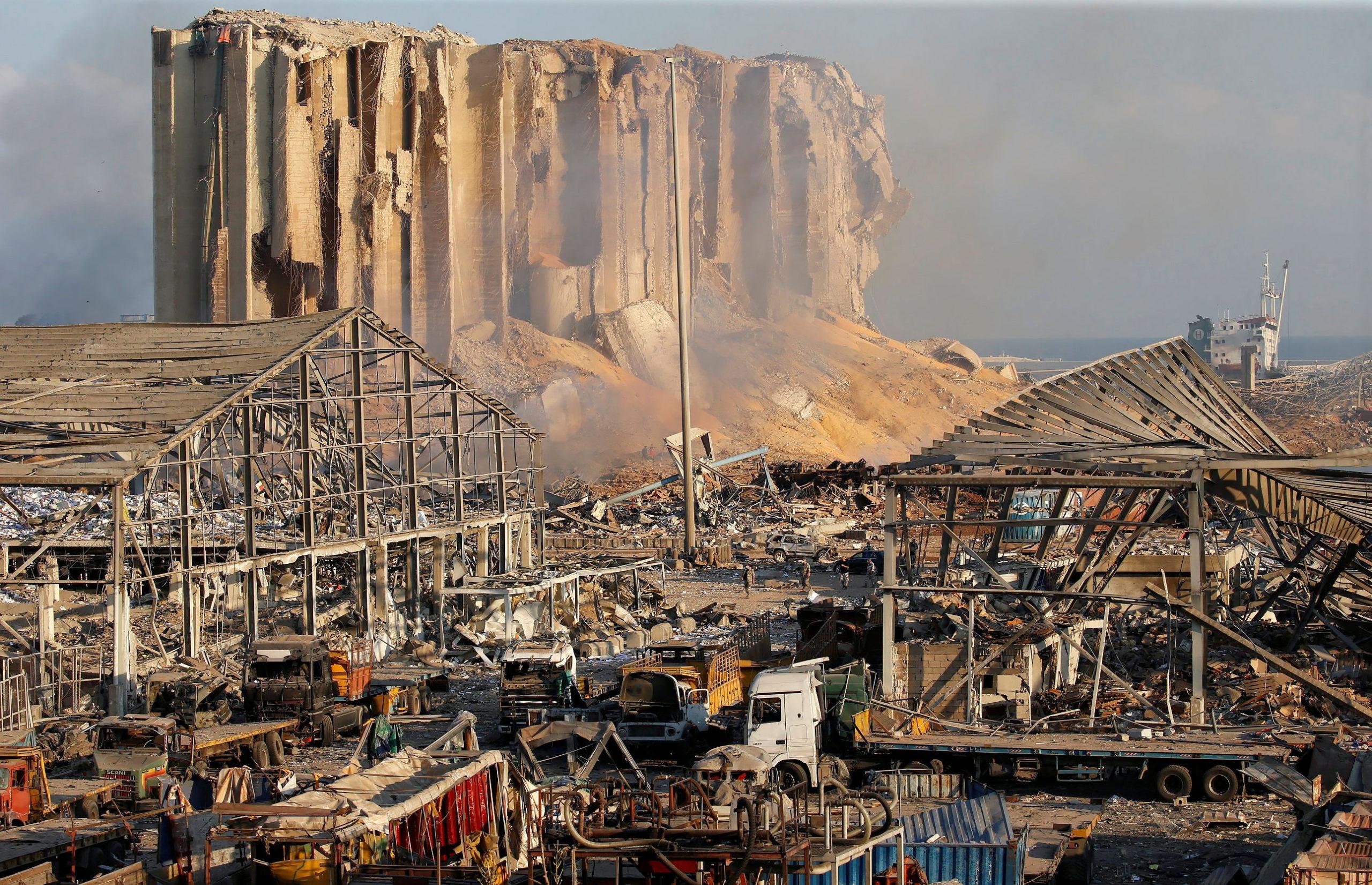Beyrouth: Lourds soupçons de négligence après l'explosion du port