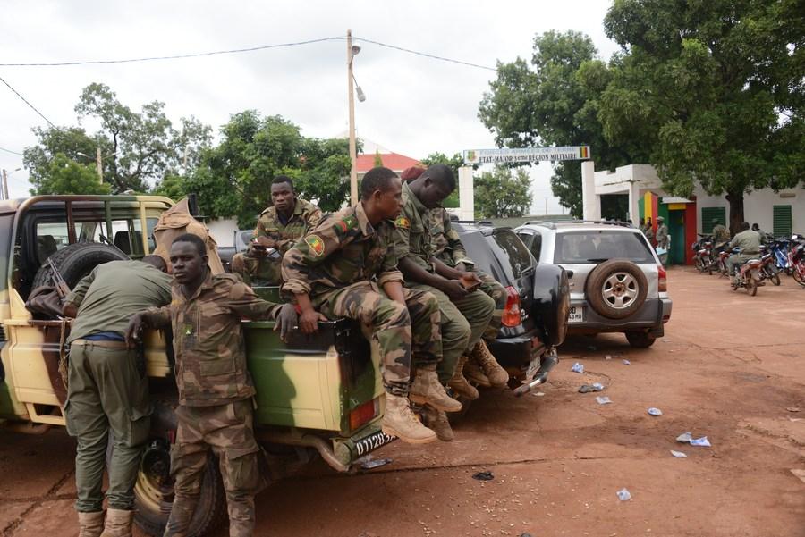 La Tunisie rejette tout changement politique au Mali