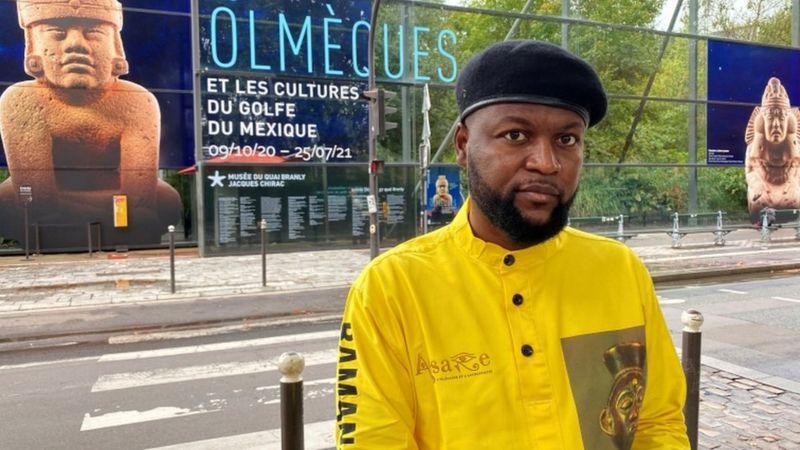 Contentieux colonial : un activiste congolais condamné pour avoir pris un objet d'art africain dans un musée à Paris en signe de protestation contre le pillage de l'Afrique