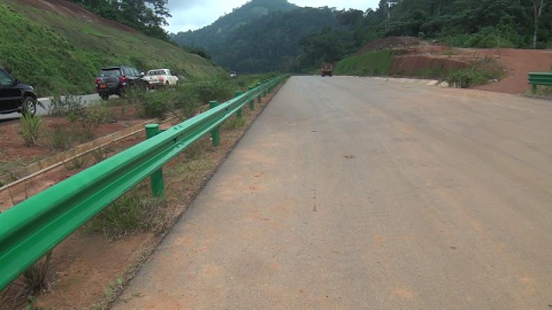 Cameroun : la livraison des 60 premiers kilomètres de l'autoroute Yaoundé-Douala repoussée en 2021