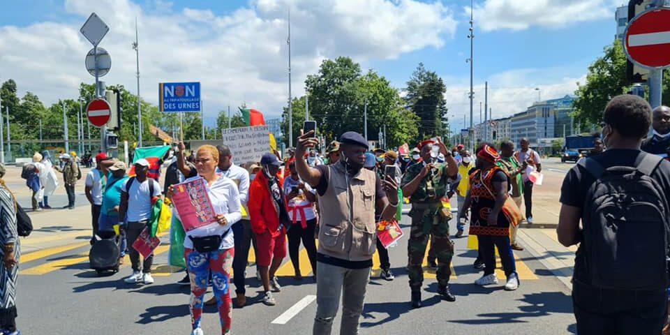 Cameroun : des camerounais condamnés en Suisse pour avoir organisé des manifestations contre le Président Biya