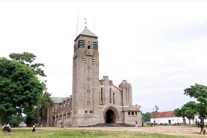 RDC : Mgr Bernard-Emmanuel Kasanda dénonce une récupération politique sur la profanation des lieux et objets sacrés à Mbuji-Mayi
