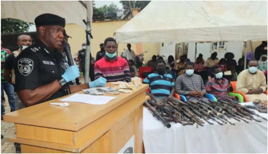 Cameroun: le principal fournisseur d'armes et explosifs aux Ambazoniens dans la crise anglophone arrêté au Nigéria