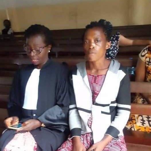 Jeannette et son avocat