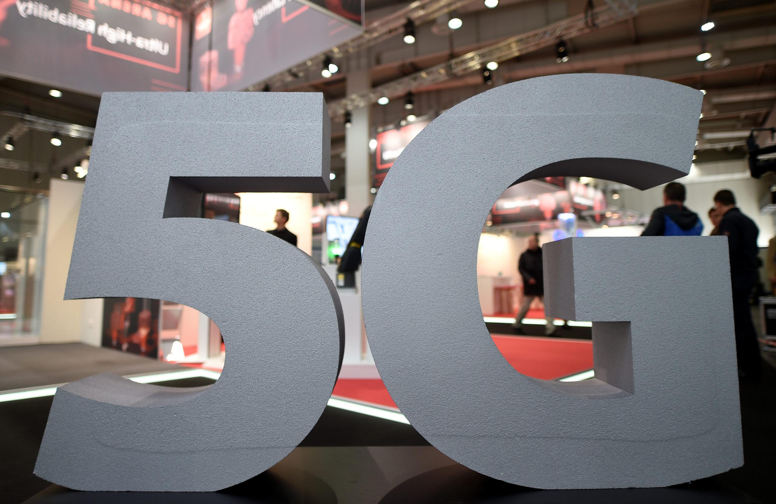FRANCE: LES ENCHÈRES POUR LA 5G AURONT LIEU ENTRE LE 20 ET LE 30 SEPTEMBRE