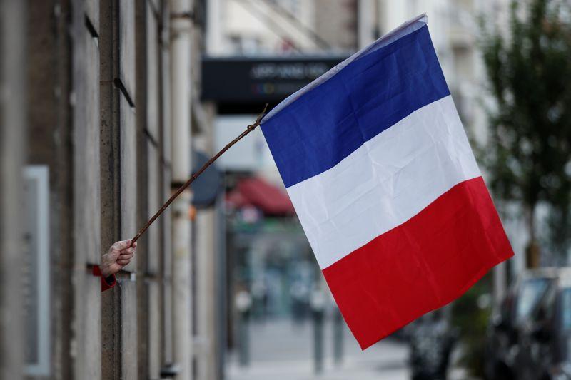 FRANCE: 52 DÉCÈS SUPPLÉMENTAIRES, BAISSE DU NOMBRE DE CAS GRAVES