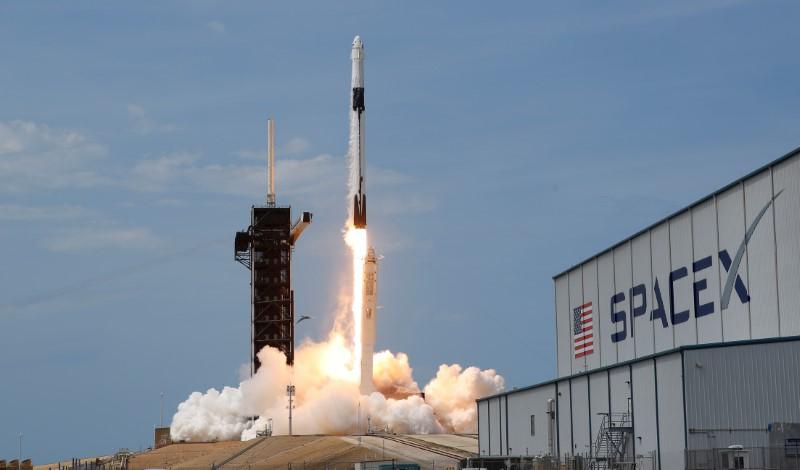 USA: LA FUSÉE SPACEX A DÉCOLLÉ DE CAP CANAVERAL