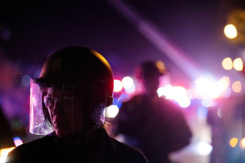 USA: LA COLÈRE S'ÉTEND AUX USA MALGRÉ L'INCULPATION DU POLICIER DE MINNEAPOLIS