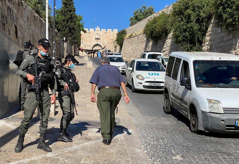 LA POLICE ISRAÉLIENNE ABAT UN PALESTINIEN NON ARMÉ À JÉRUSALEM, RAPPORTENT DES MÉDIAS