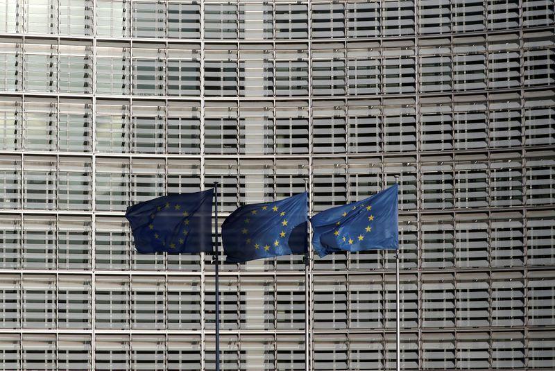 CORONAVIRUS: L'UE MET FIN AUX RESTRICTIONS SUR L'EXPORTATION DE MATÉRIEL DE PROTECTION