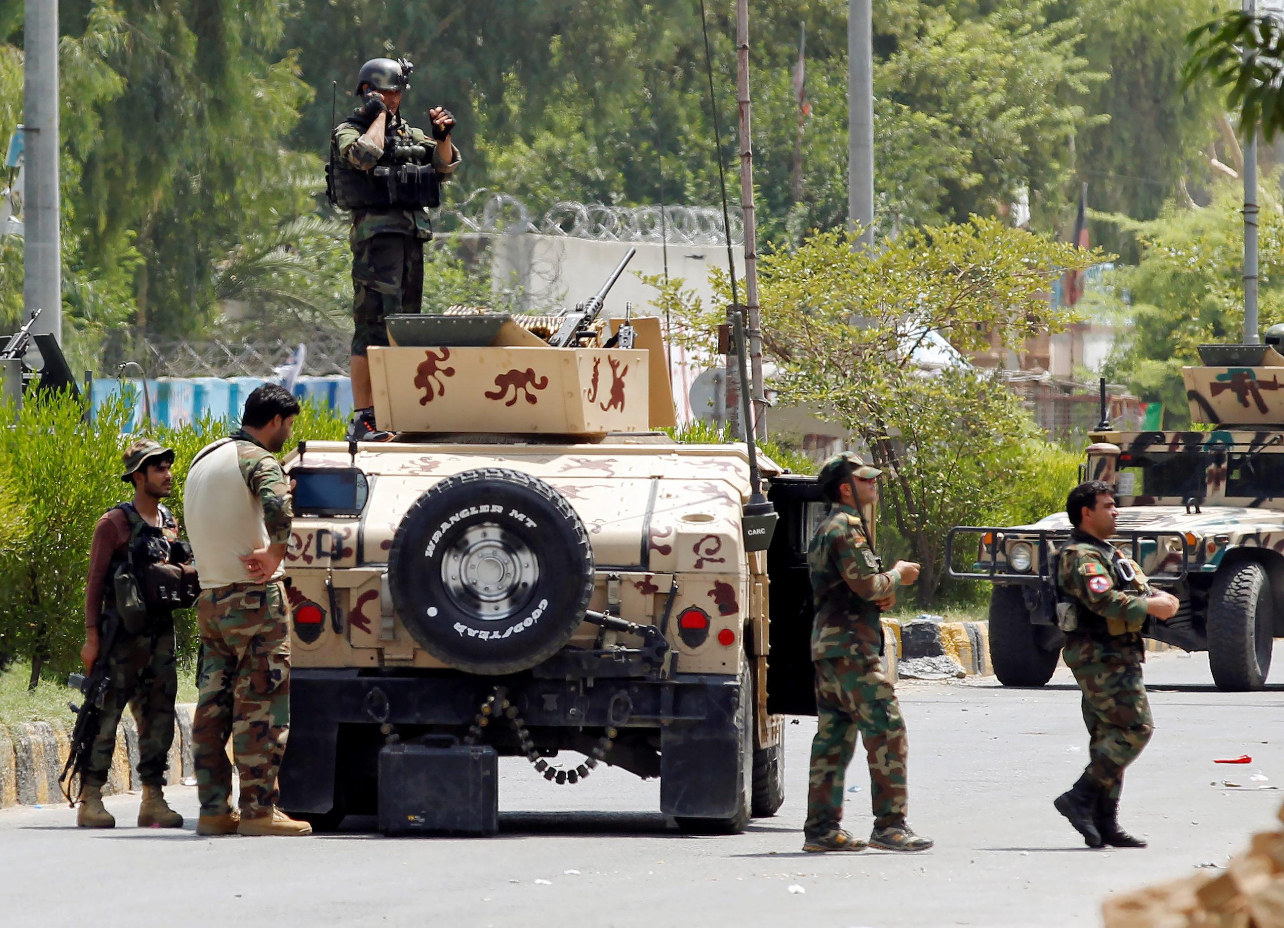 Afghanistan: Au moins 24 morts dans une attaque de l'EI contre une prison de Jalalabad