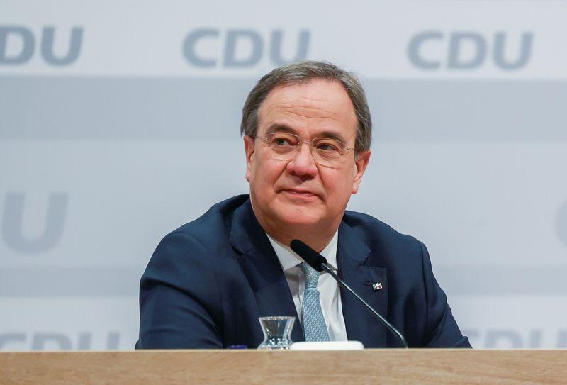 Allemagne: Le centriste Armin Laschet élu à la tête de la CDU
