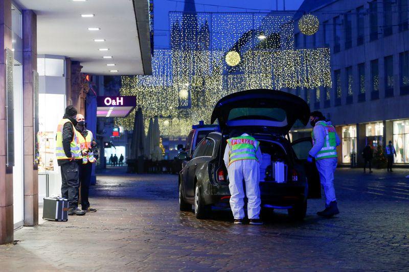 Allemagne: Une voiture percute des piétons à Trèves, cinq morts