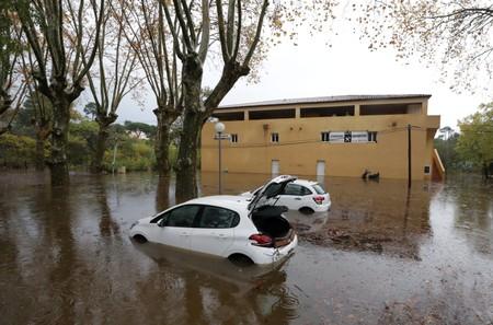 Au moins quatre morts après les inondations dans le Sud-Est
