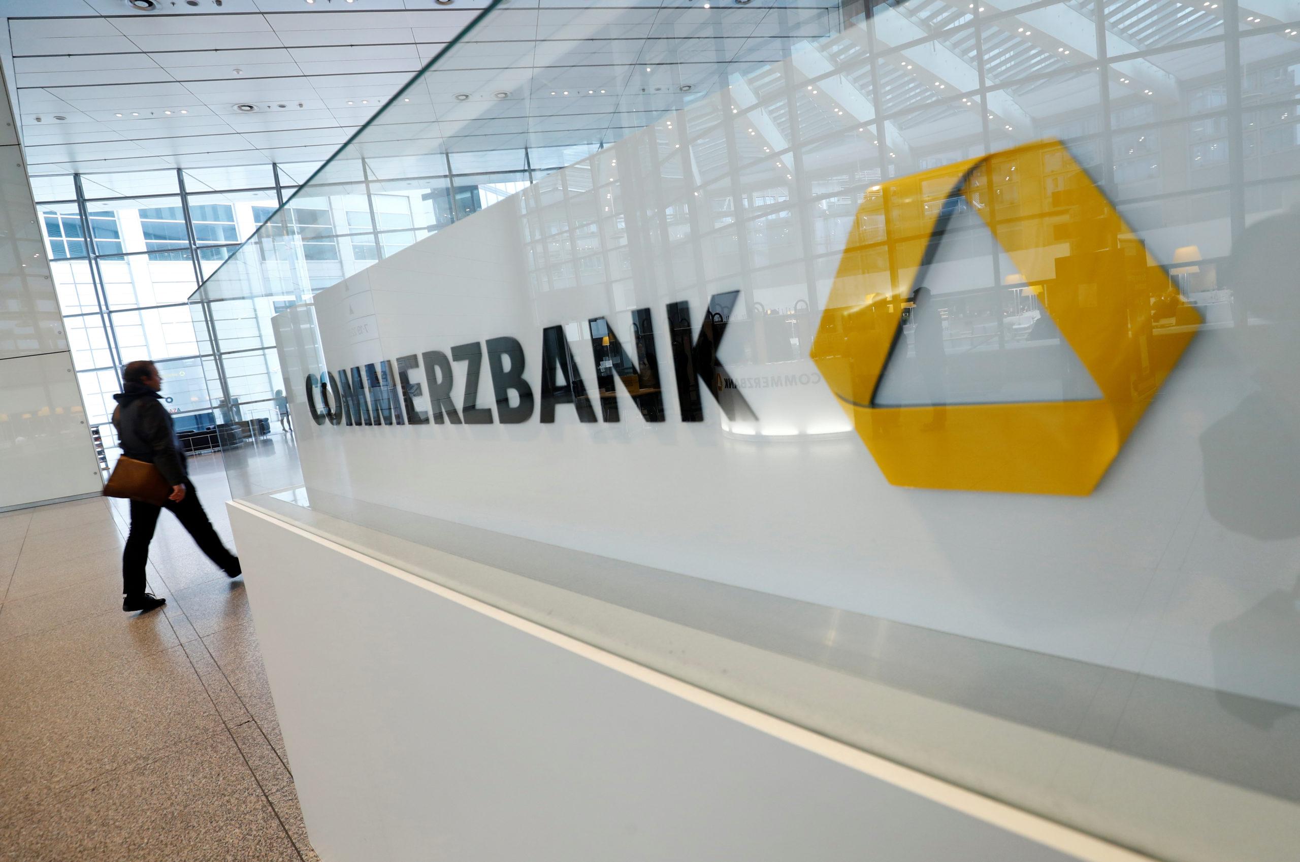 Commerzbank: Prévisions annuelles assombries par le coronavirus et Wirecard