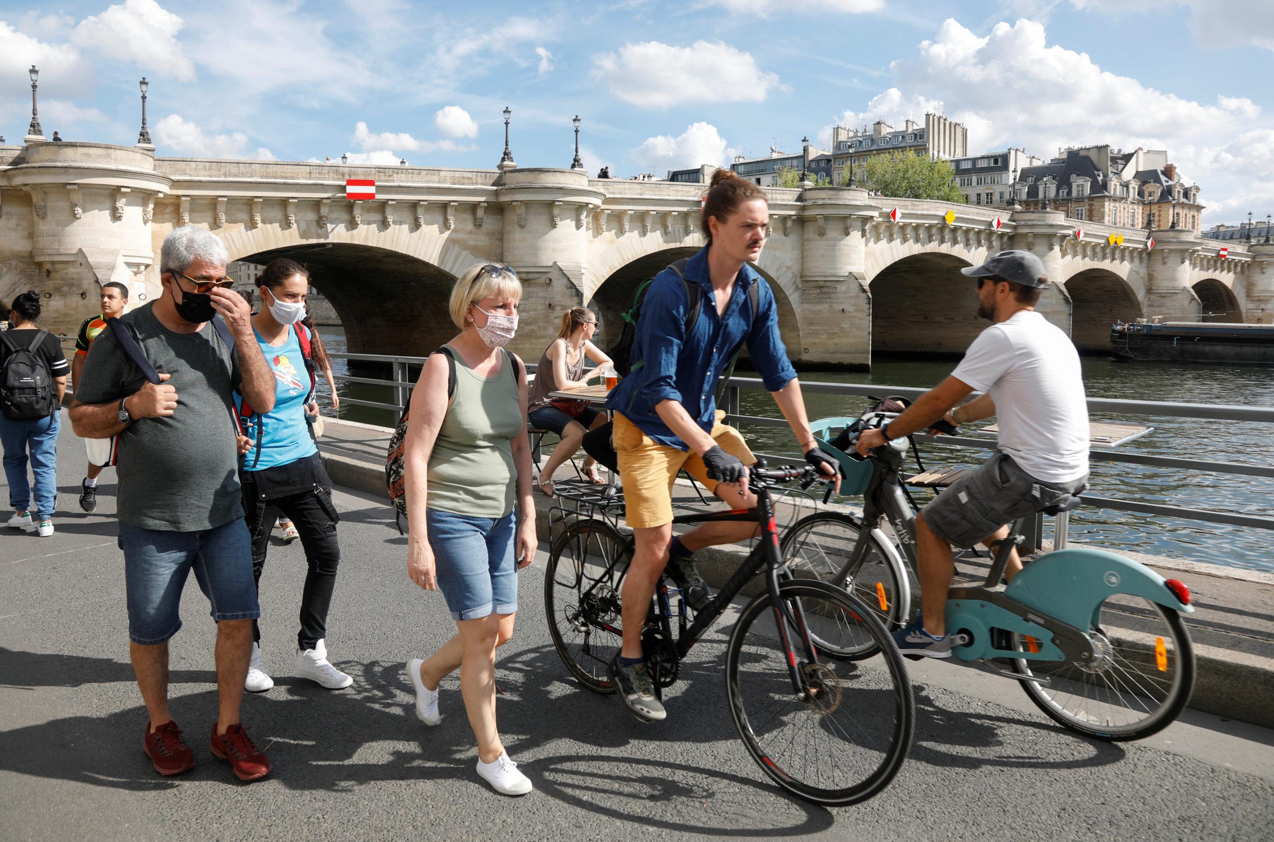 Coronavirus: L'Autriche déconseille les voyages à Paris et en PACA