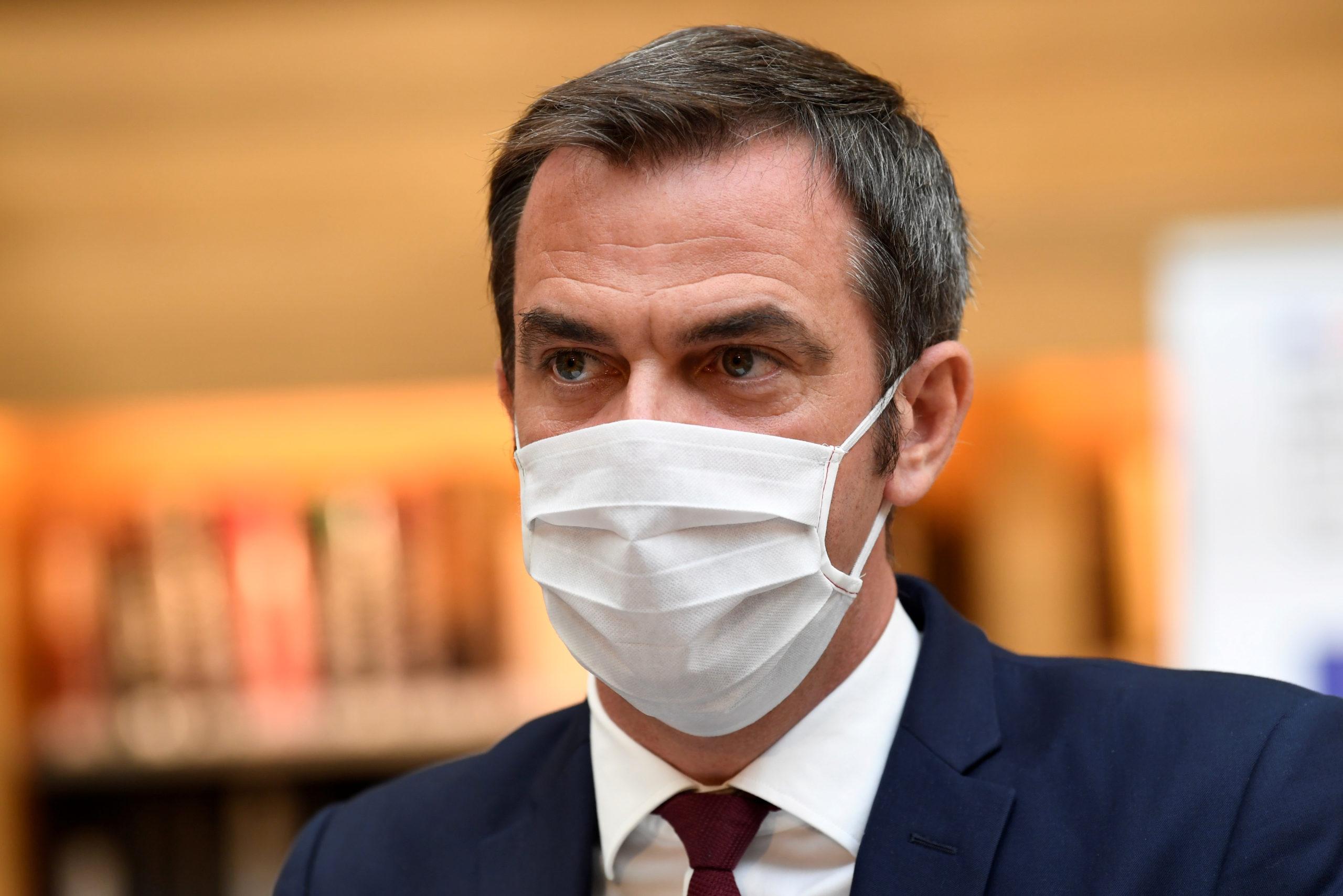 Coronavirus: La France doit rester en alerte, avertit Véran