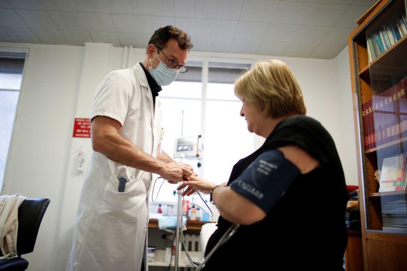 Coronavirus: La France recense 17.565 nouveaux cas en 24 heures