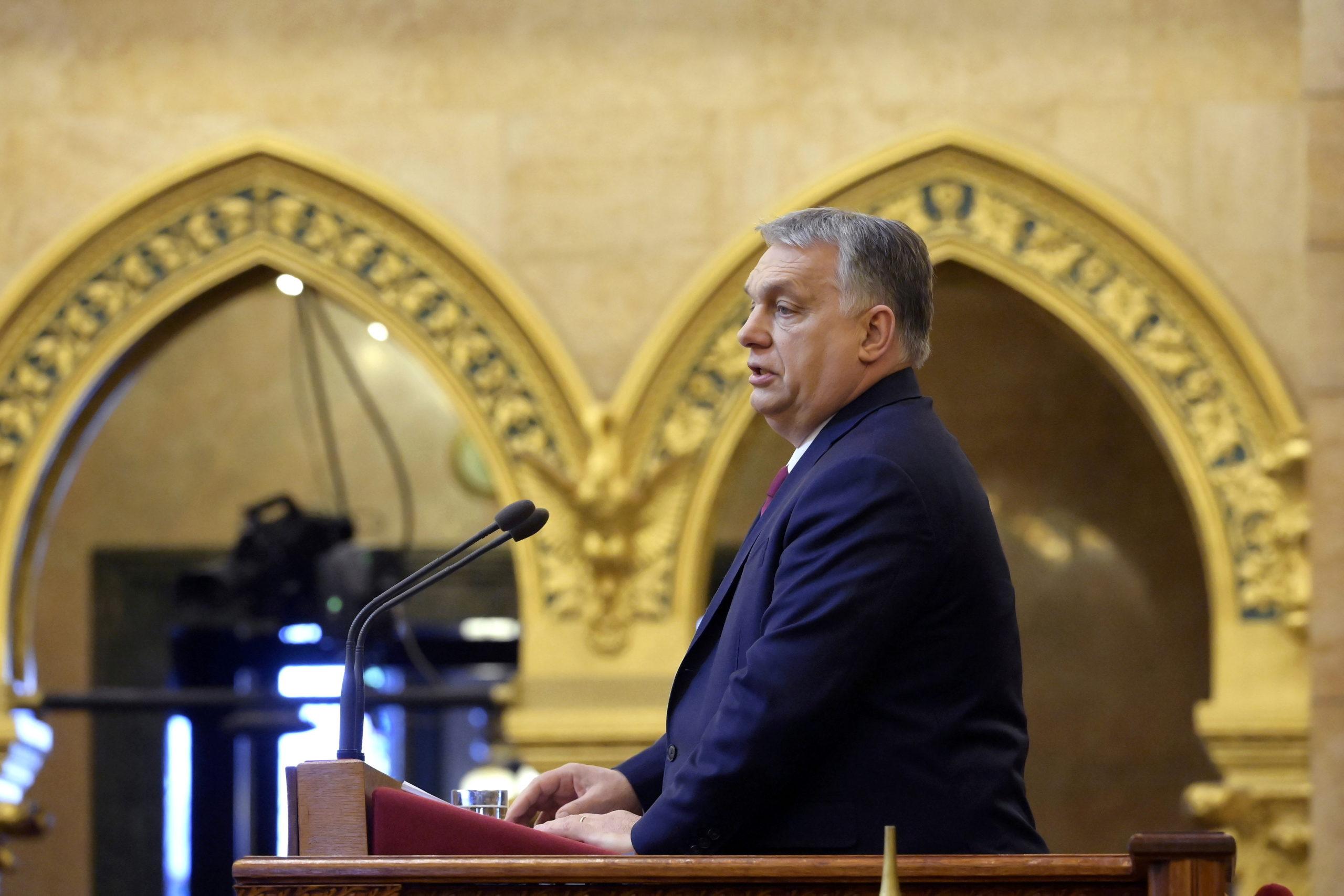Coronavirus: Le PM hongrois Orban a reçu une dose de vaccin chinois