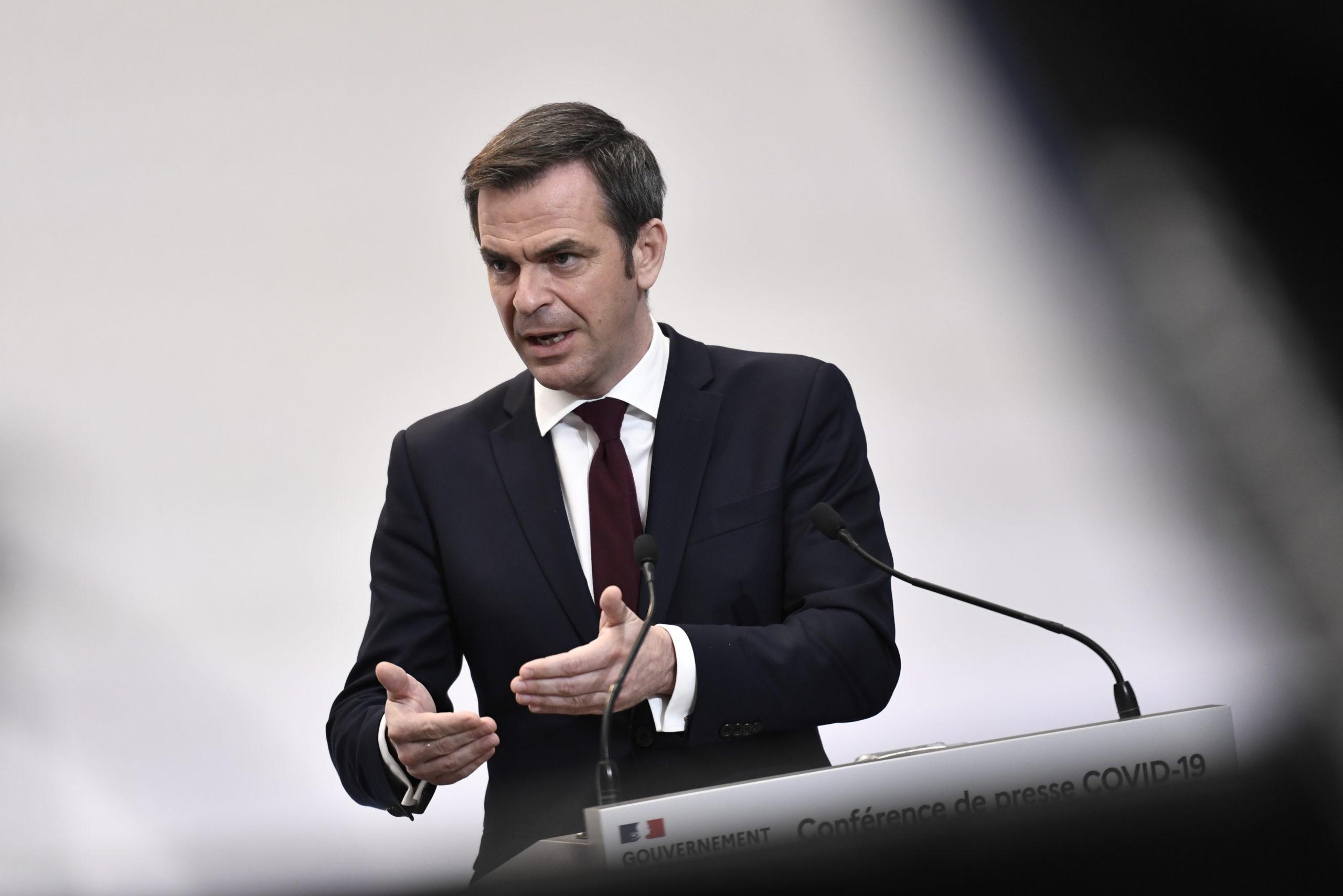 Coronavirus: Plus de 25.000 nouveaux cas en France, dit Véran