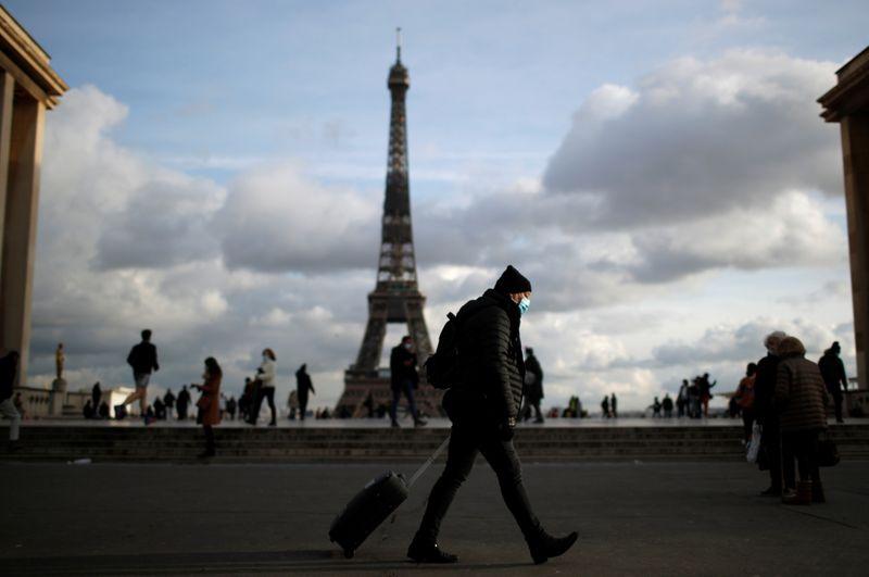 """Coronavirus: Situation """"inquiétante"""" en France, dit la Haute Autorité de santé"""