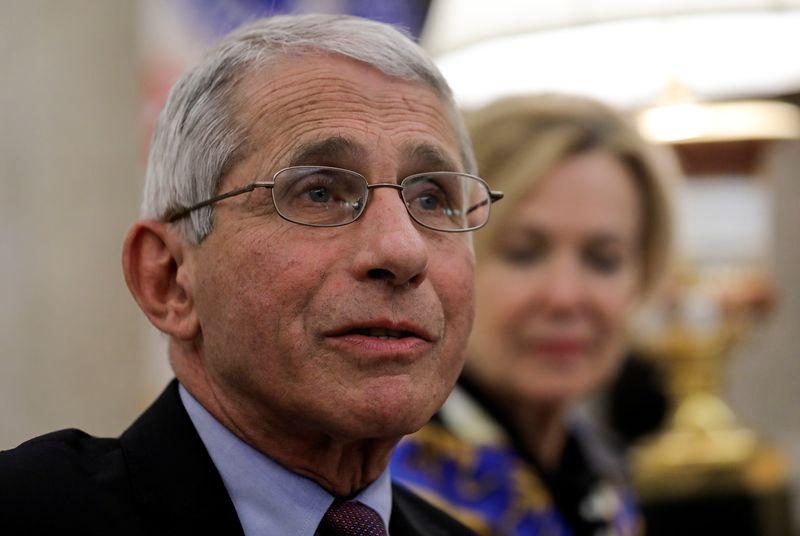 Coronavirus: Un expert de Washington évoque une avancée avec l'antiviral de Gilead