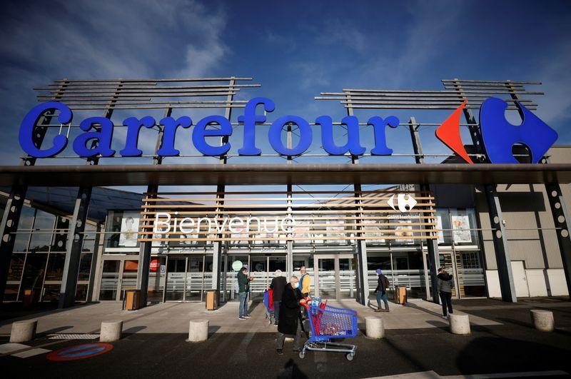 Couche-Tard prêt à relancer une offre sur Carrefour en cas d'inflexion de Paris