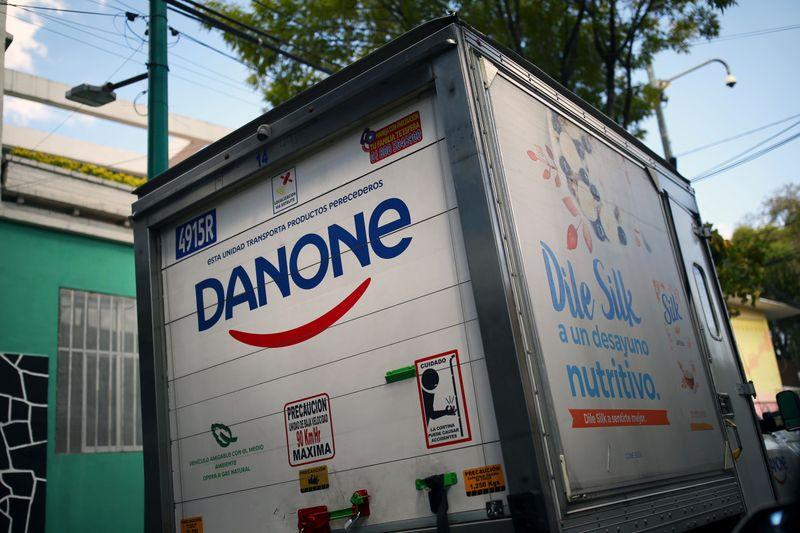Danone annonce un milliard d'euros d'économies et jusqu'à 2.000 suppressions de postes