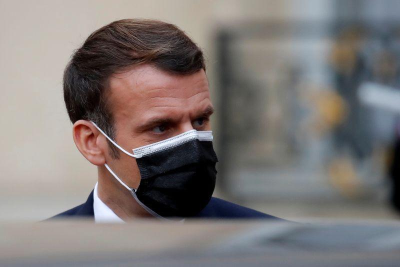 """Emmanuel Macron organisera un """"Beauvau de la sécurité"""" à partir de janvier"""