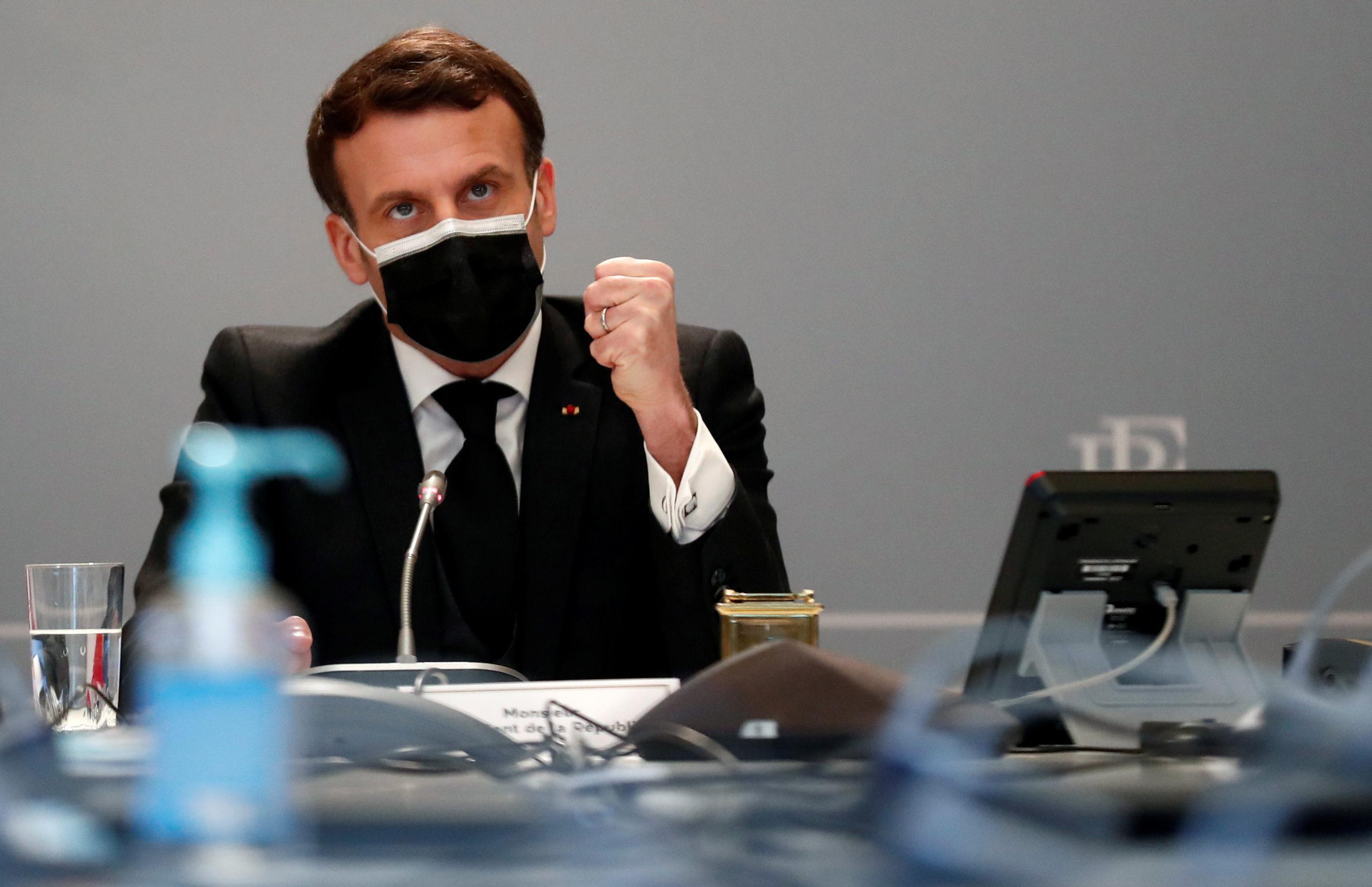 Entretien téléphonique entre Emmanuel Macron et Kamala Harris