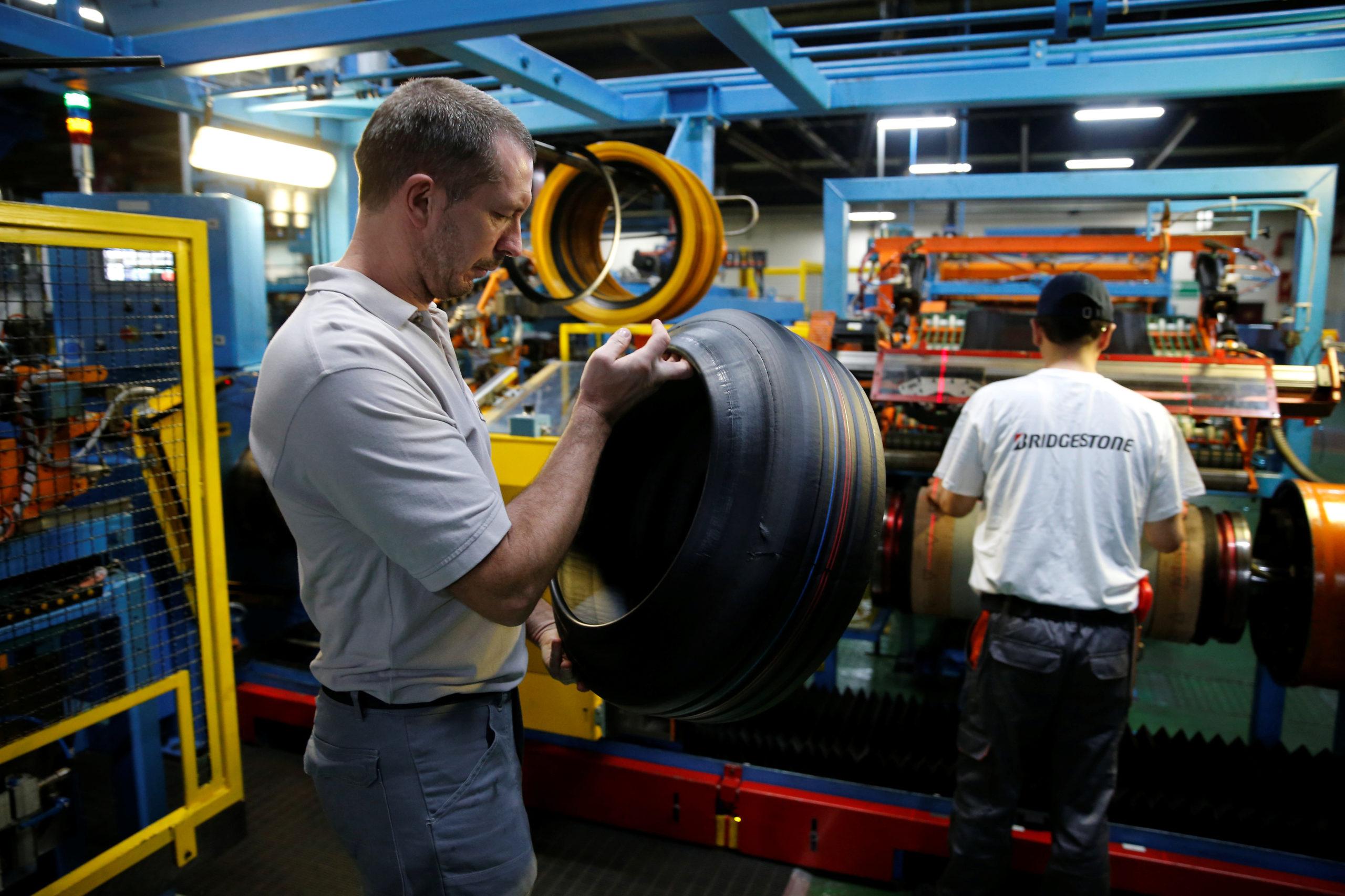 France: Bridgestone veut fermer l'usine de Béthune, le gouvernement proteste