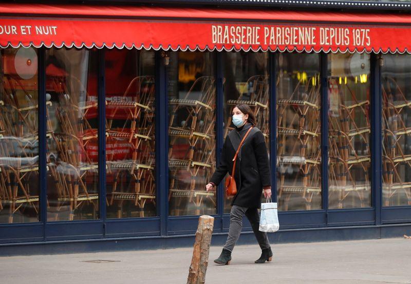 France/Coronavirus: La stagnation du nombre de cas quotidiens rend difficile un déconfinement le 15 décembre