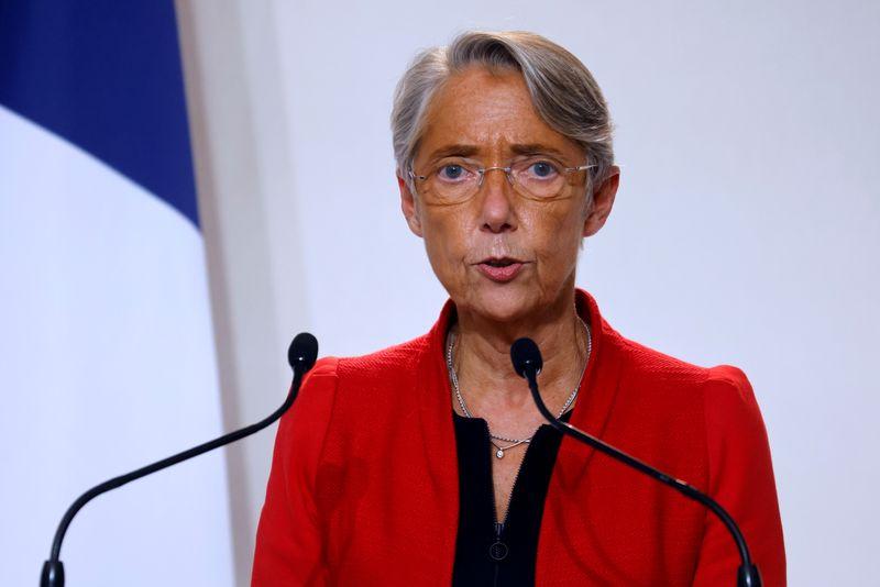 France: Elisabeth Borne espère un reflux du chômage en 2021